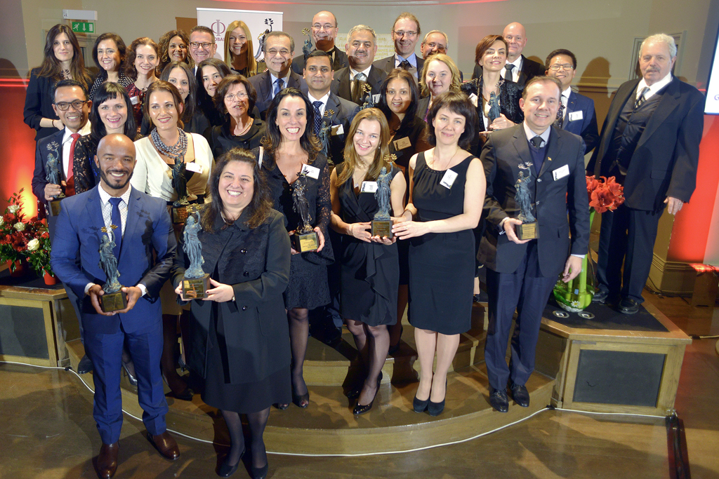 Description : C:\Users\UTILISATEUR\Documents\GlobalCCU Awards\GlobalCCU Awards 2015\AWARDS Ceremony 2015\Photos Ceremony 2015\Official Photo of the GlobalCCU Awards Winners 2015 L.jpg